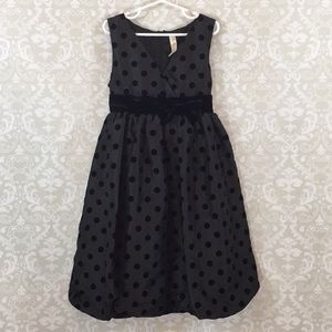 Cherokee Girls 8 Black taffeta dress